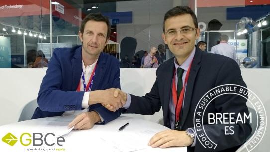 Directores de BREEAM y GBCE firman acuerdo